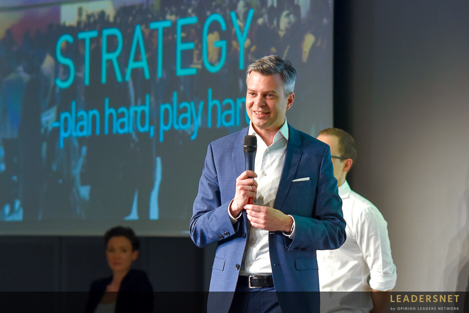 Marketing Natives: Strategy - plan hard, play hard