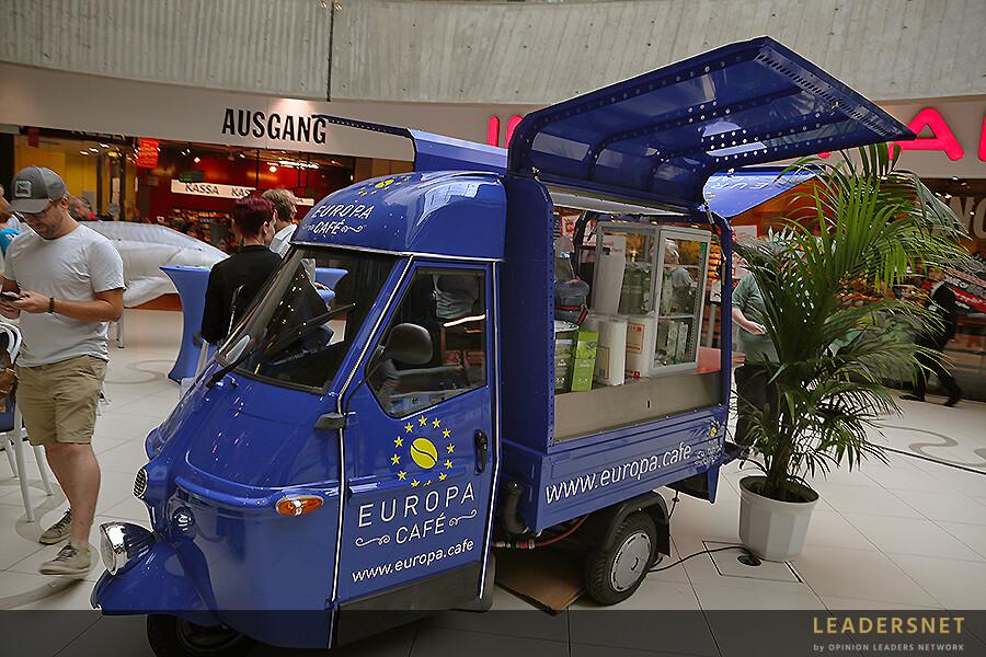 EU kommt ins Einkaufszentrum