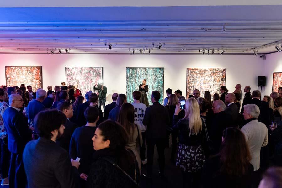 Malen von Alpha bis Omega: SenatrA im tresor im Bank Austria Kunstforum Wien