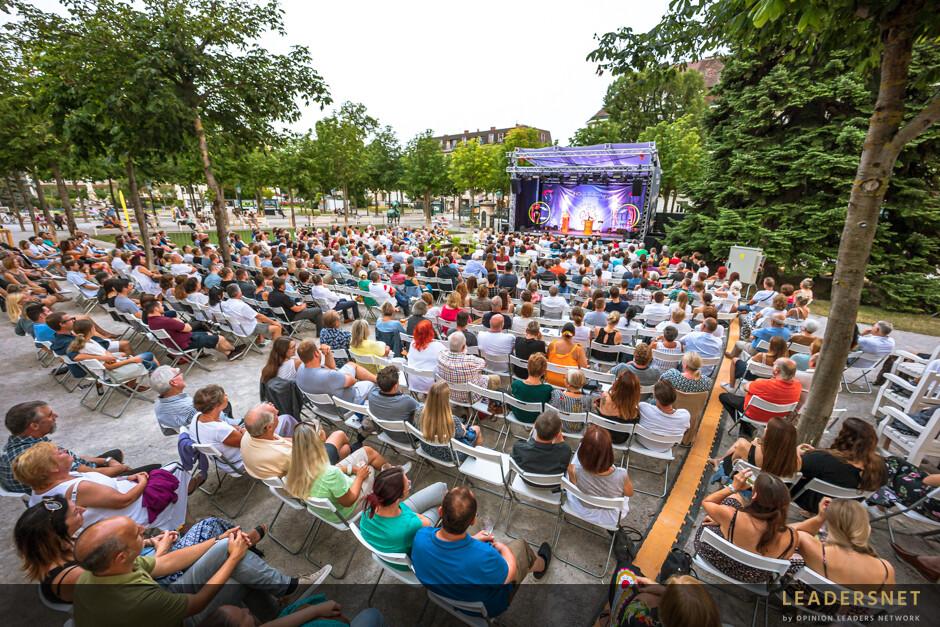 Stadt:Kultur Kurpark Baden  - Gernot Kulis – Best of 20 Jahre Ö3 Callboy