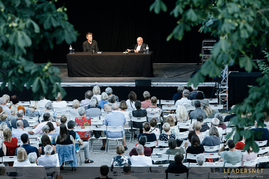 Stadt:Kultur Kurpark Baden  - Hubert Achleitner (Hubert von Goisern) – Flüchtig