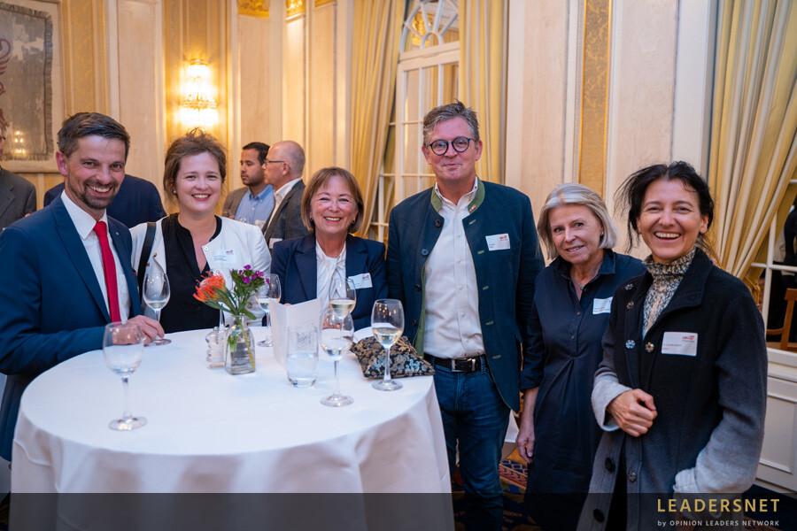 Friends 4 Friends - Handelskammer Schweiz, Liechtenstein, Österreich