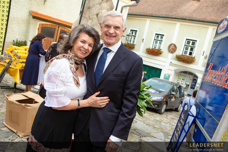 """Wachaufestspiel Premiere """"Meine Rosarote Hochzeit"""""""